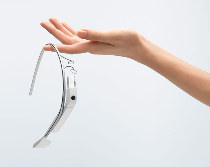 Google glass via Groupe FG Design
